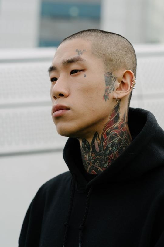 Korean Model Face Tattoos Portrait Teardrop Tattoo