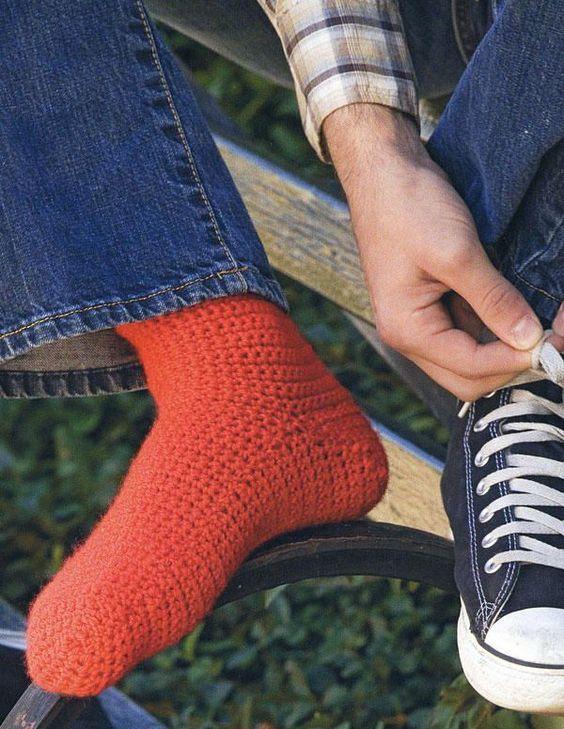 Basic Crocheted Socks   Pinterest   Crochet socks, Easy crochet ...