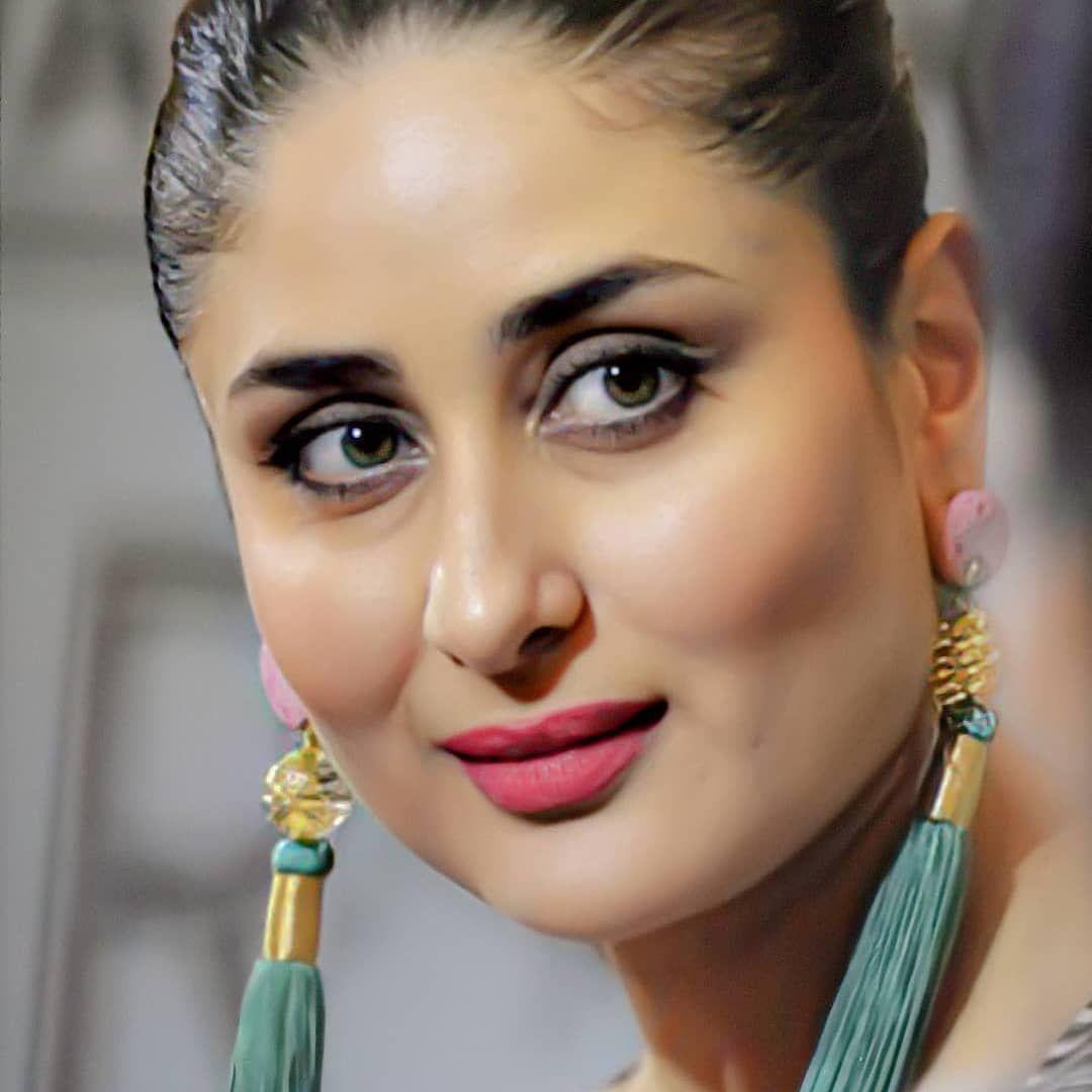 Kareenakapoorkhan On Instagram Her Beauty Kareena Kapoor Images Kareena Kapoor Saree Indian Bollywood Actress