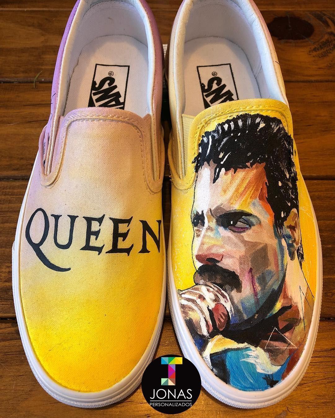 Freddie Mercury / pintados a mano / @officialqueenmusic ...