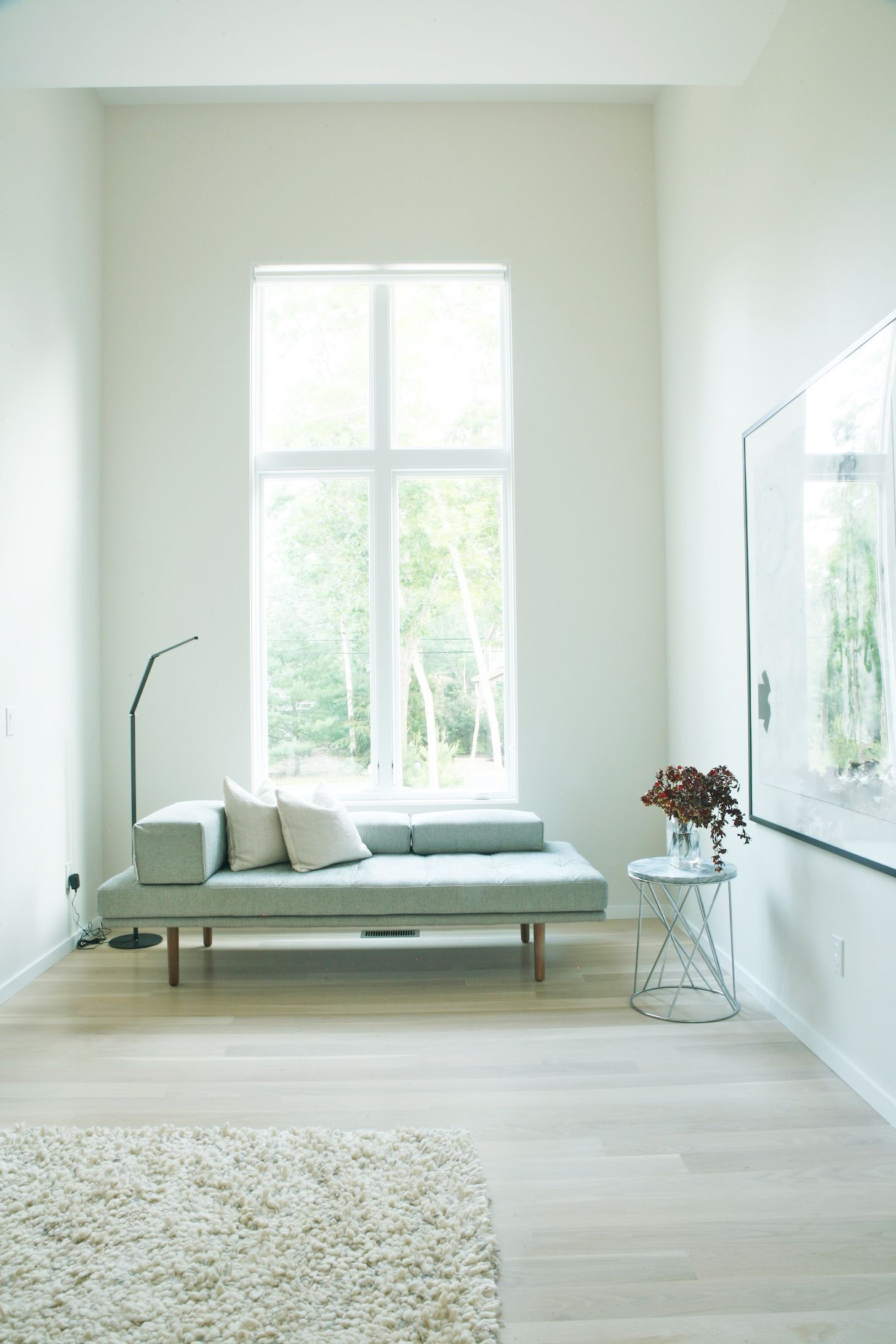 Interior design solution for a bedroom east hampton second home