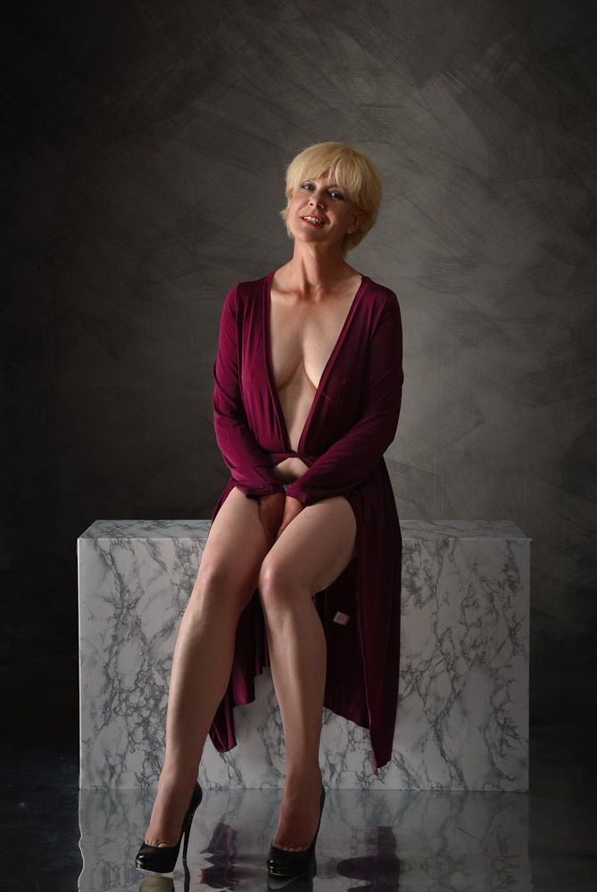 Pin On Mature And Milf 18-3039