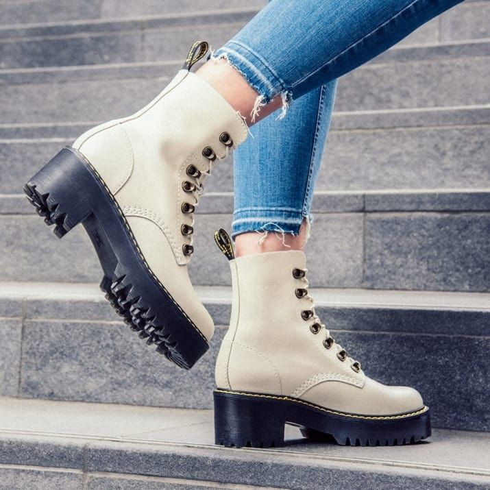 Boots, Big feet shoes