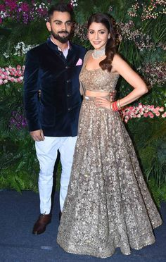 We just can't get enough of Virushka from their Mumbai reception!
