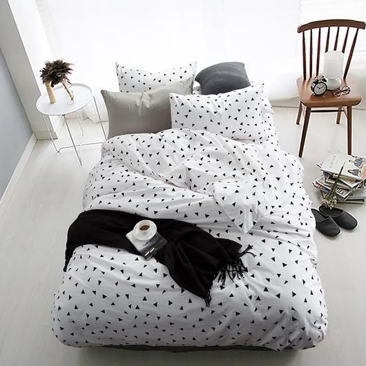 Small Triangle Print Cotton Duvet Set From Myscandihome Scandi White Comforter Set Queen Duvet Sets Modern Duvet Covers