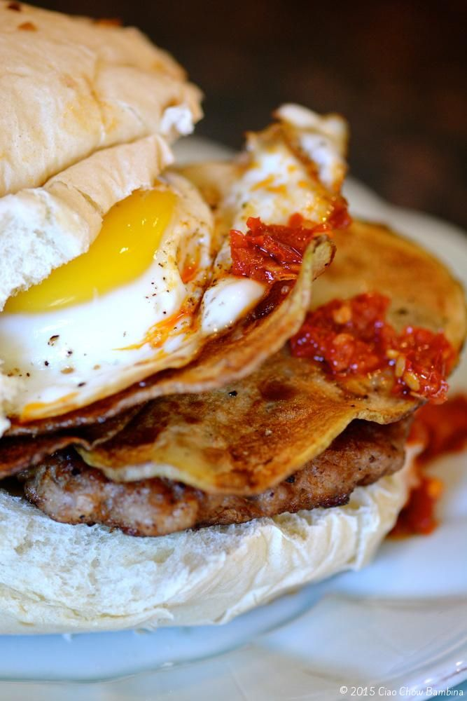 Spicy Sausage Egg Sandwich With Steakhouse Onion Aged Cheddar Crispy Potatoes Recipe Sausage Egg Sandwich Spicy Sausage Best Egg Recipes