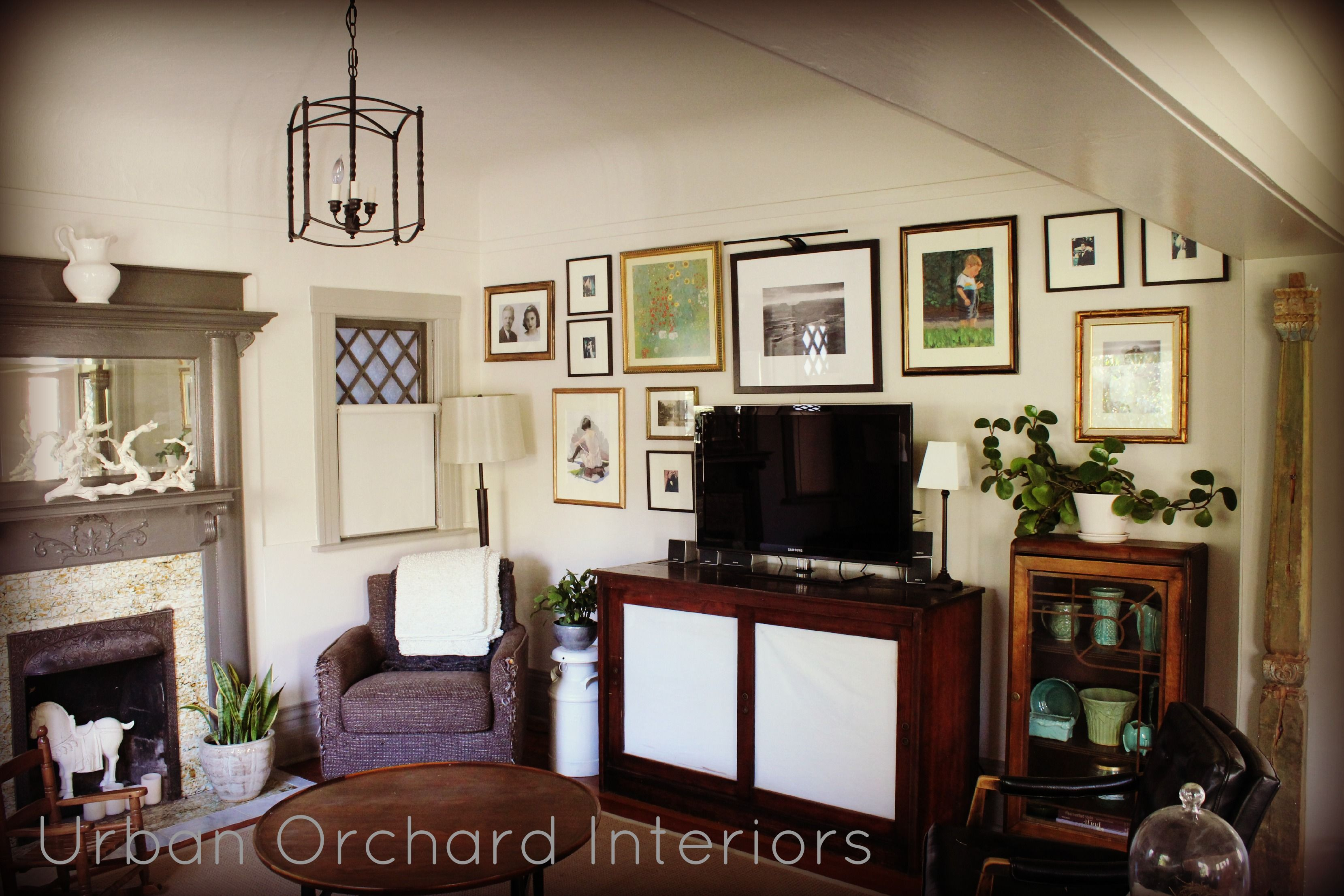 Pin By Lane Mcnab Interiors On Antique With Modern Gallery Wall
