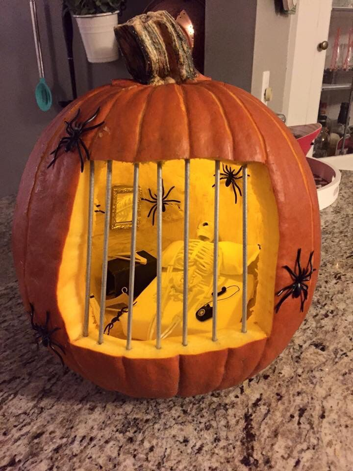 35 Unique & Creative Halloween Pumpkin Carving Ideas