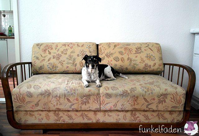 Diy Aus Einem Alten Sofa Wird Ein Traumsofa Funkelfaden Sofa Neu Beziehen Altes Sofa Sofa Polster