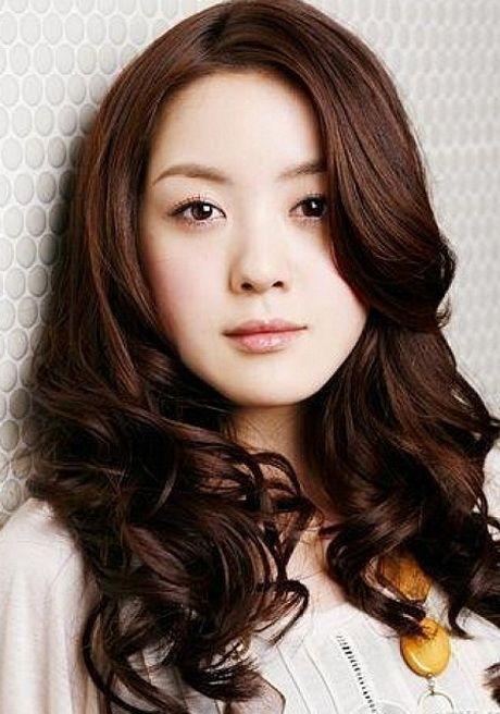 Cool Korean Curly Hairstyles With Bangs 2018   Asian hair, Medium hair styles, Permed hairstyles