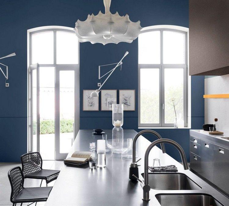 Wände Streichen Küche Blau Edelstahl Arbeitsplatten #innendesign #interior  #colors #design