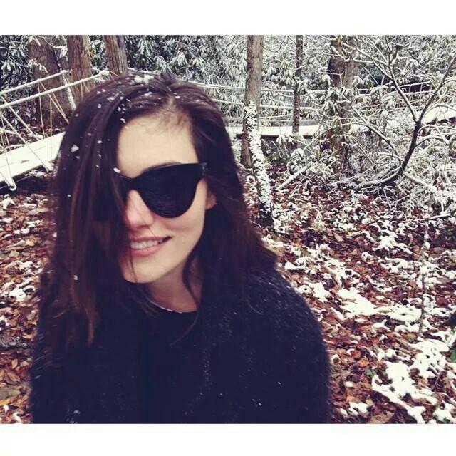 Phoebe Tonkin || Instagram