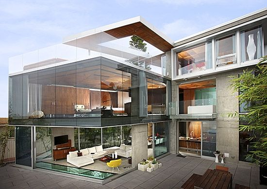 A Story In Ultra Modernism The 4 800 Square Foot House Sits On A 4 300 Square Foot Lot In La Jolla Bestsdhomes Modern Mansion House Architecture House