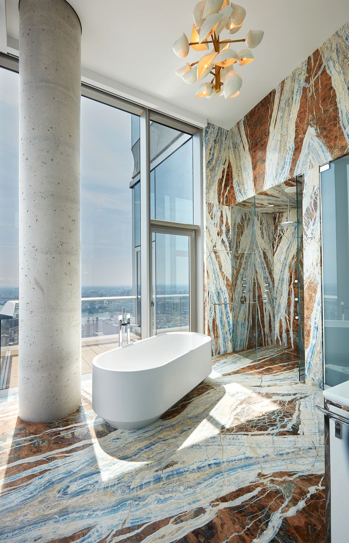 Tour A Contemporary New York City Apartment With Lofty Views Modern Luxury Bathroom Bathroom Design Luxury Contemporary Bathroom Designs [ 1527 x 980 Pixel ]