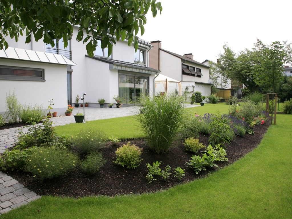 Gartengestaltung Mit Hackschnitzel  Natacharousselcom