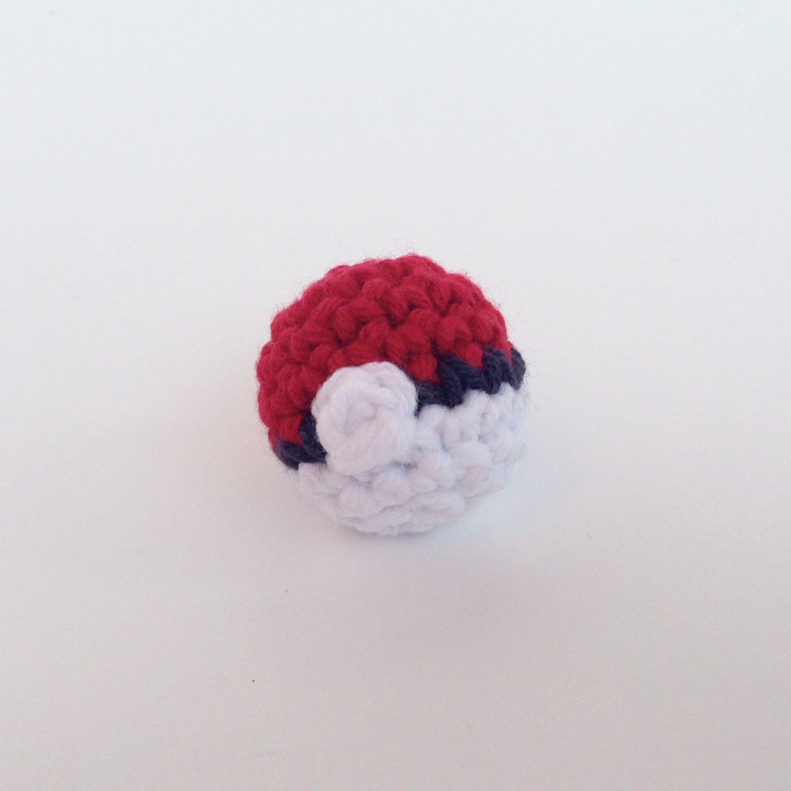How to Crochet a PokeBall and tons of other Pokemon stuff! | Louie\'s ...