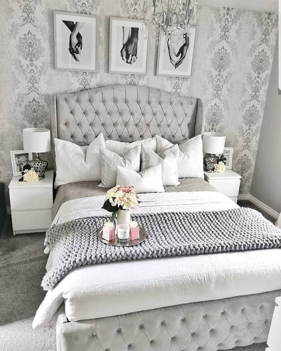 30 Amazingly Beautiful Silver Bedroom Ideas That Are The Current Trend#amazingly #beautiful #bedroom #current #ideas #silver #trend