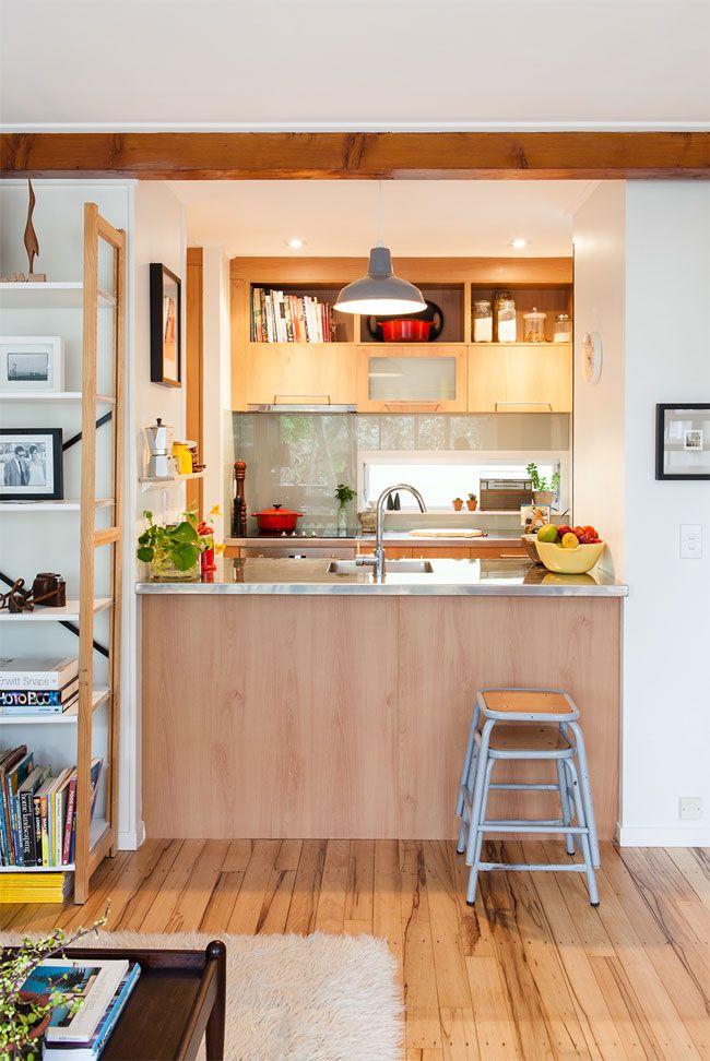 Cocina pequeña, espacio acogedor y ganas de cocinar mientras ...