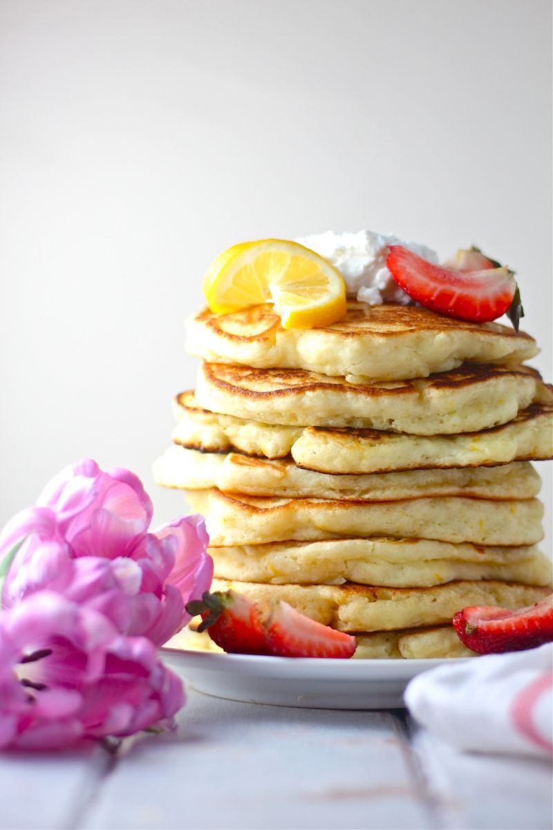 Lemon Ricotta Pancakes   The Millennial Cook   Breakfast ...