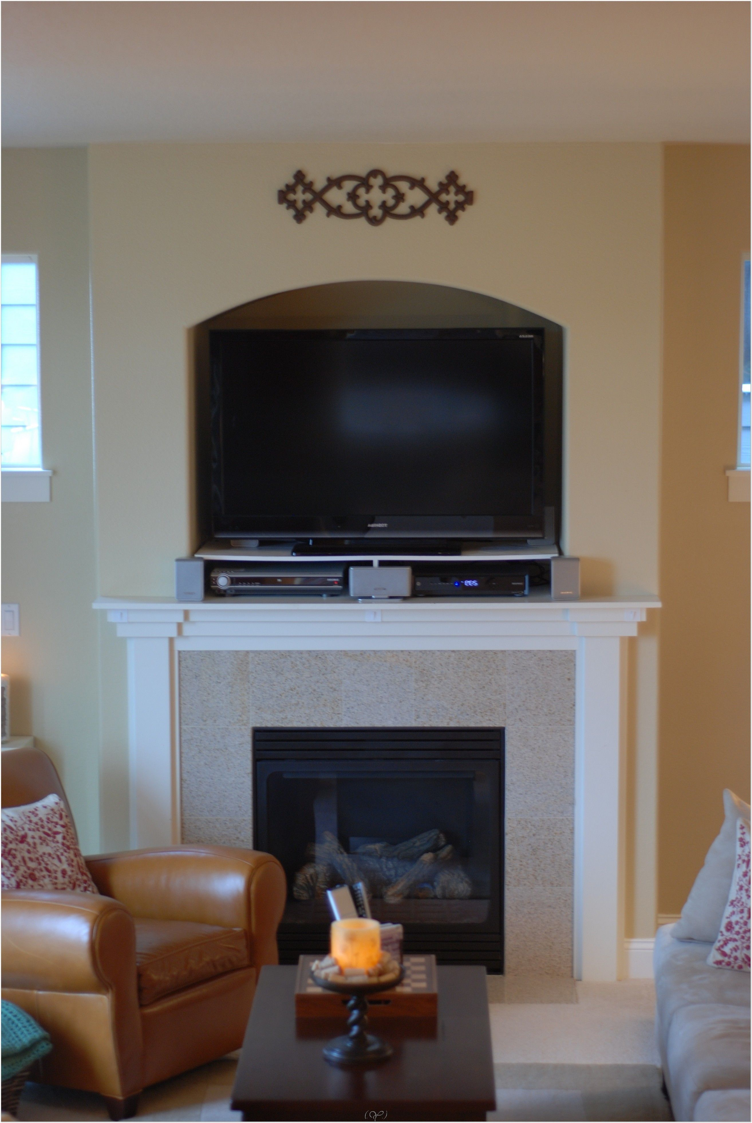 Small Living Room Ideas with Fireplace and TV Want to know more
