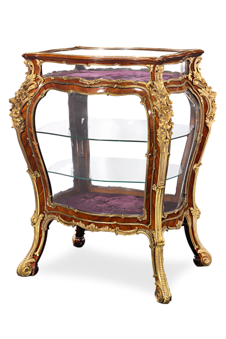 louis xv style tulipwood vitrine une belle maison alte m bel inneneinrichtung und m bel. Black Bedroom Furniture Sets. Home Design Ideas