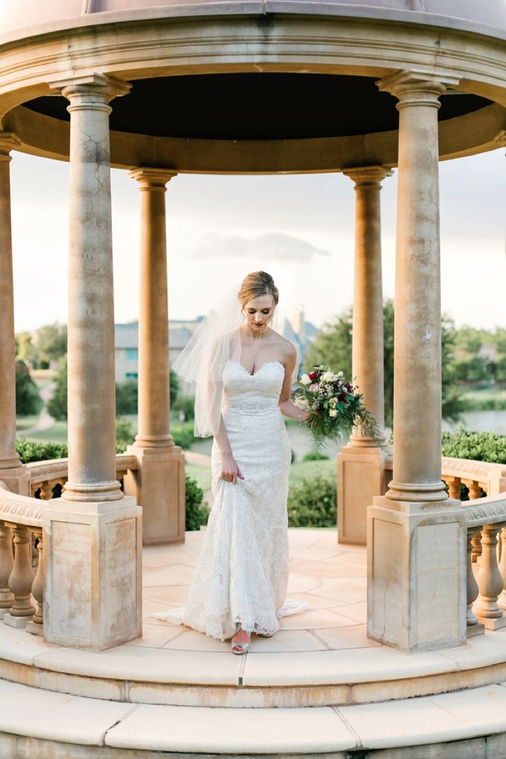 Timeless bridal romance by aubrey marie photography the black tie