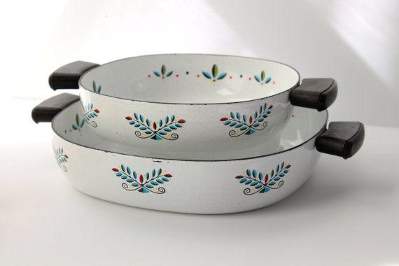 Enamel Pan Set Of Two Scandinavian Folk Art Flower