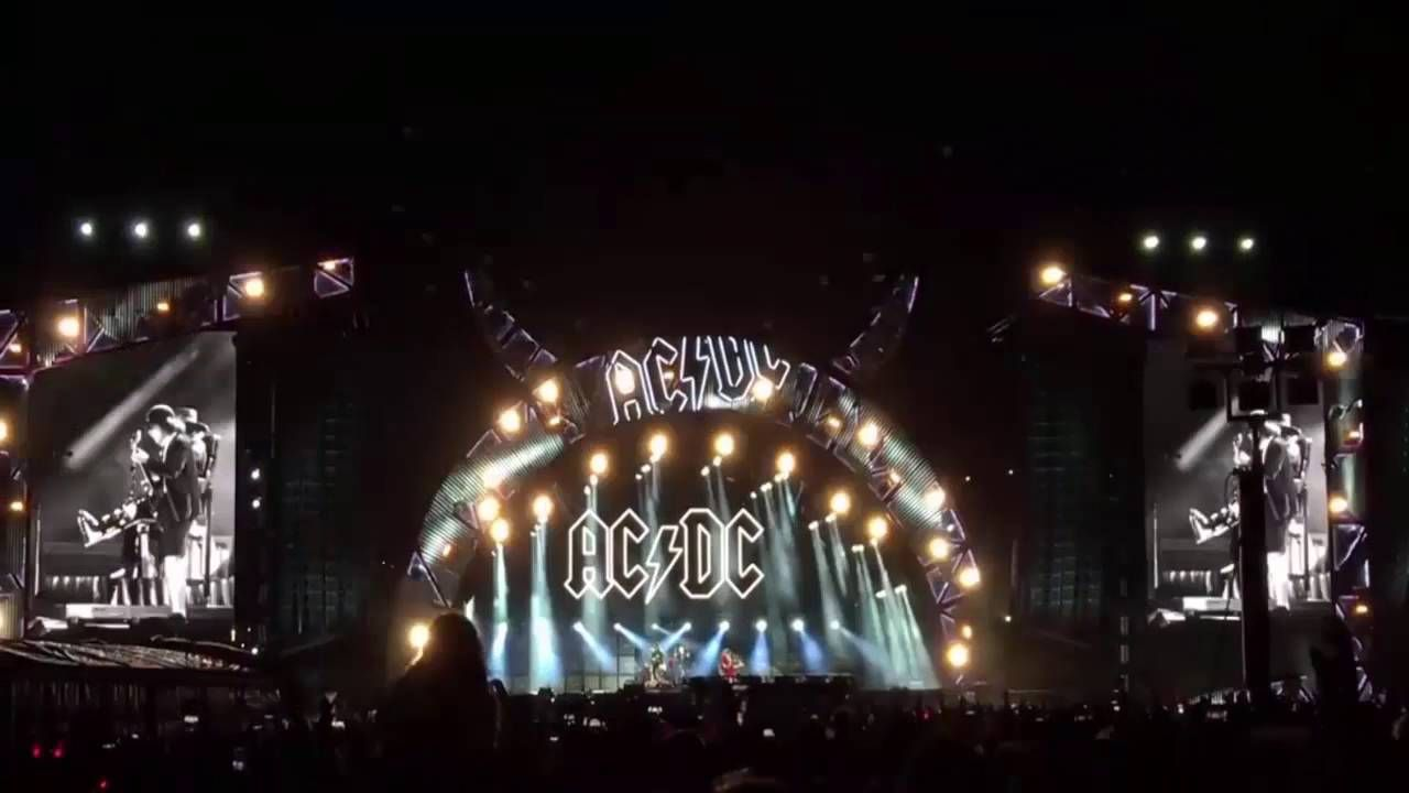 #2016,ac dc,ac dc axl rose düsseldorf,ac dc axl rose #hamburg,ac dc axl rose leipzig,ac dc axl rose prag,ac dc axl rose #praha,#ACDC,#rock or #bust,Worldtour AC/DC – Back In Black chante par Axl Rose à Lisbon - http://sound.saar.city/?p=17541