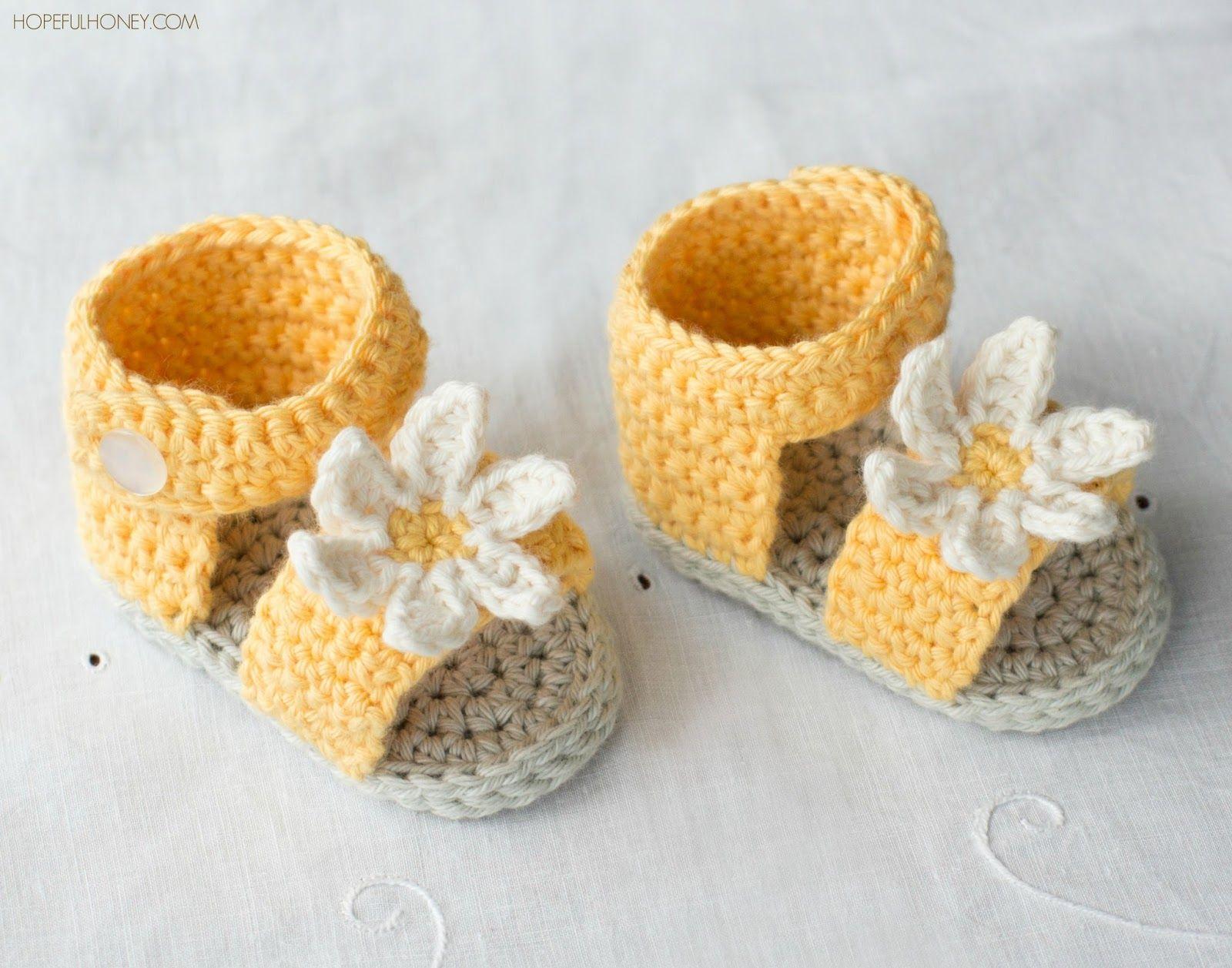 Daisy Delight Baby Sandals - Crochet Pattern + Giveaway | crochet ...