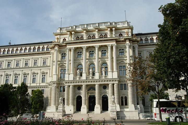 Classical Architecture Pictures Gallery Austria Vienna 0082 Neoclassical Archit Neoclassical Architecture Classical Architecture European Architecture