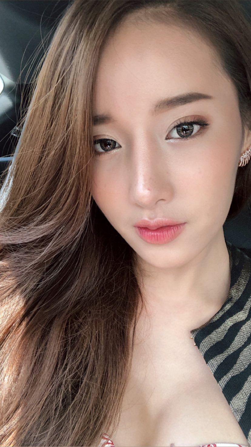 Pichana Yoosuk : PrettyGirls