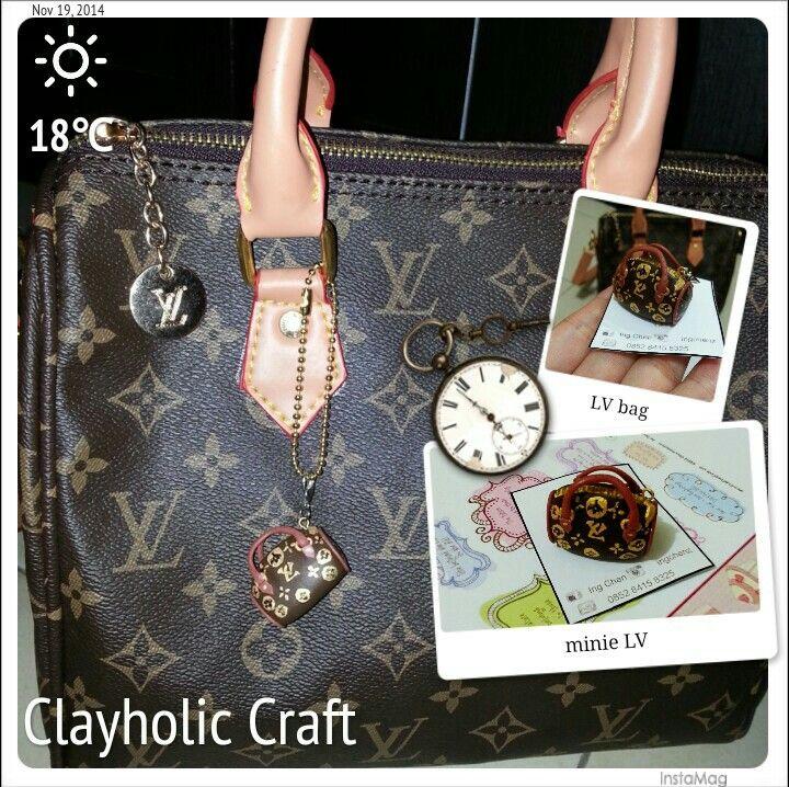 Charm LV bag