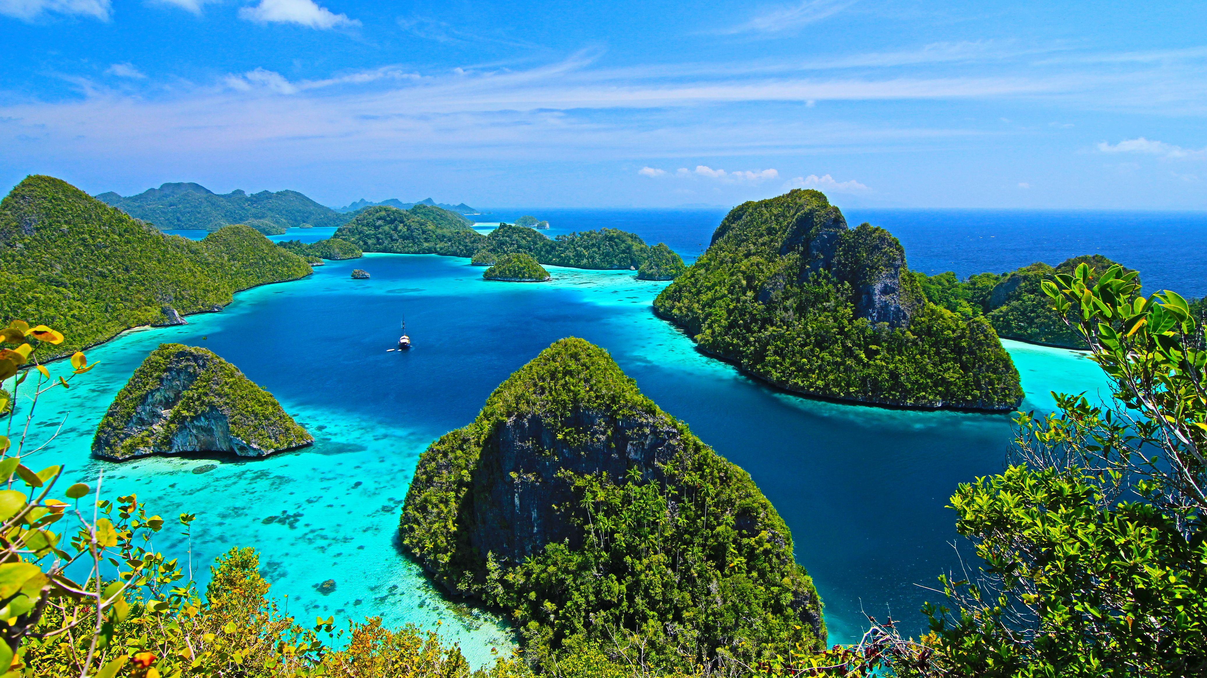 Wayag Islands in Raja Ampat, Papua Barat