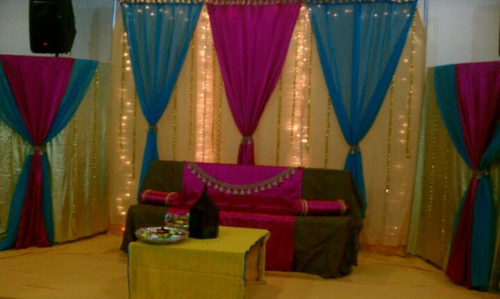 Simple Mehndi Decoration At Home : Simple and clean stage for mehndi or mayoon pakistani indian