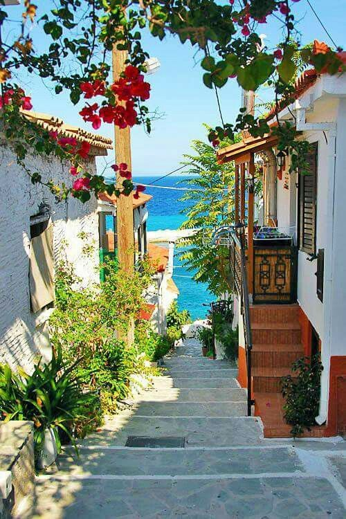 Lovely Walkway To The Beach Travel Abroad Samos Greece Greece