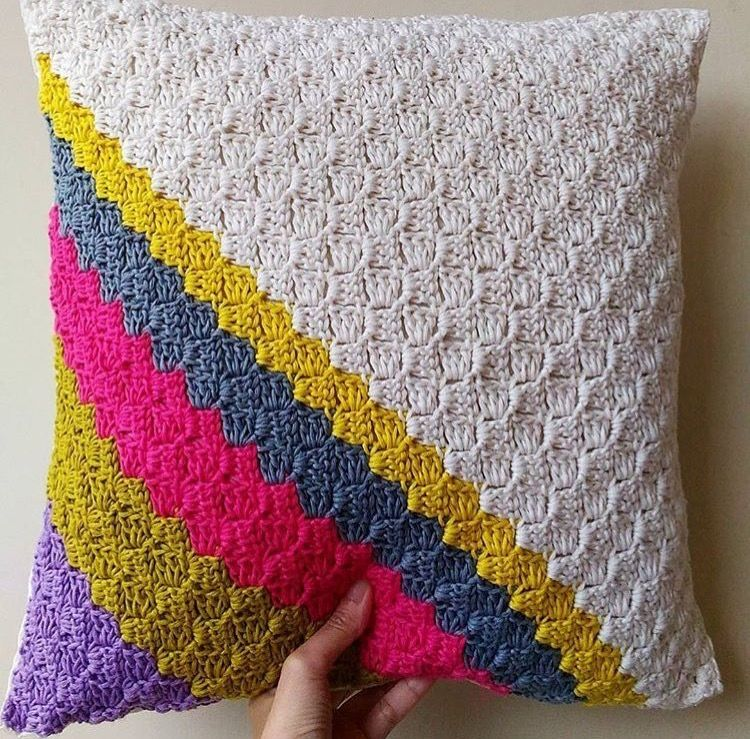Pin by Paulina Chang on Tejido | Pinterest | Crochet pillow and Crochet