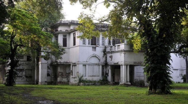 The Plots Thicken In Lutyens Delhi Colonial Architecture Beautiful Buildings House Styles