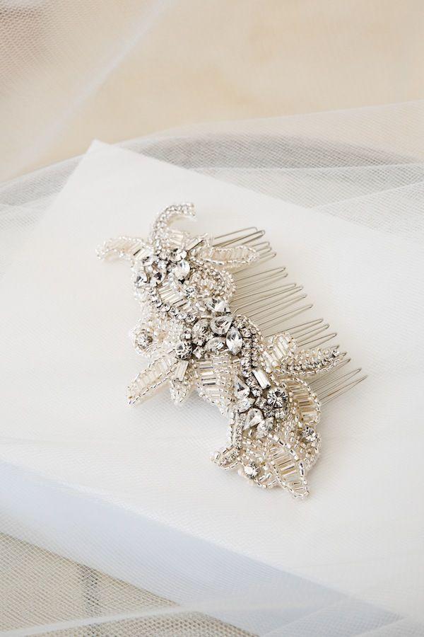 VERONA-rhinestone-bridal-comb-06.jpg (600×900)