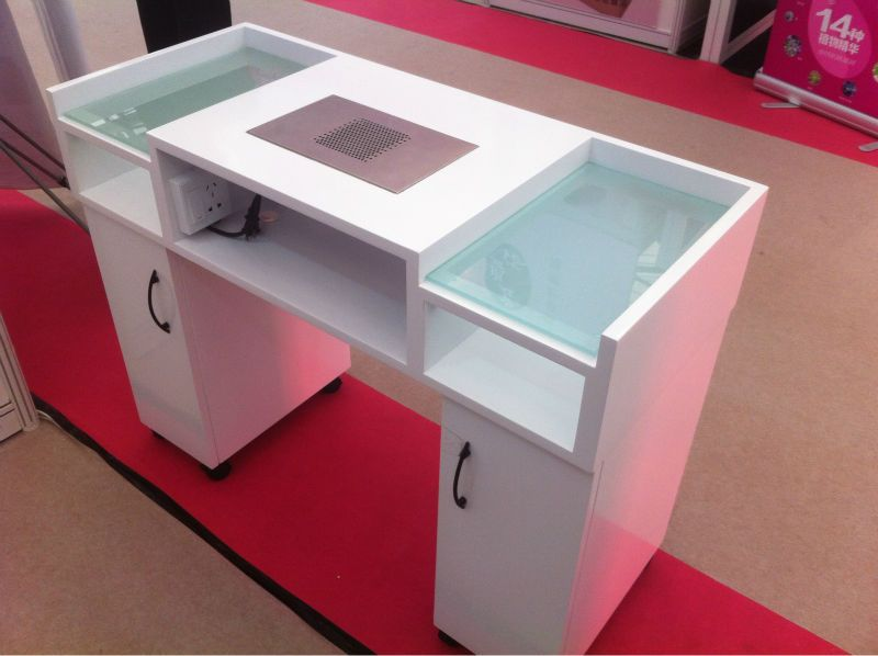 Furniture nail table salon furniture pinterest for Nail salon table