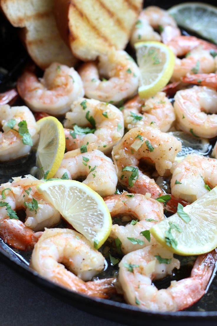 Honey Lemon Garlic Shrimp Honey Lemon Garlic Shrimp  15 minutes only So EASY Skillet shrimp coated in a sticky Honey Lemon Garlic glaze garnished with lots of cilantro Th...