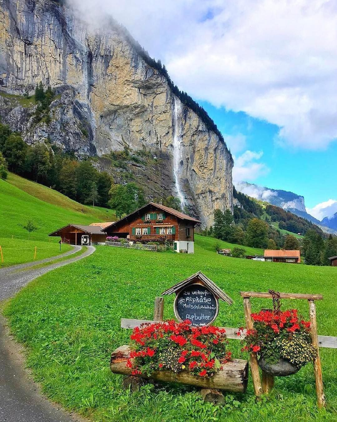 Places To Visit In Switzerland Blog: Beautiful Morning Walk Lauterbrunnen Switzerland. Photo By