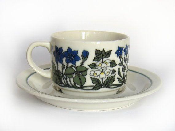 Arabia+Flora+coffee+cup+Esteri+Tomula+vintage+by+HuntersKitchen