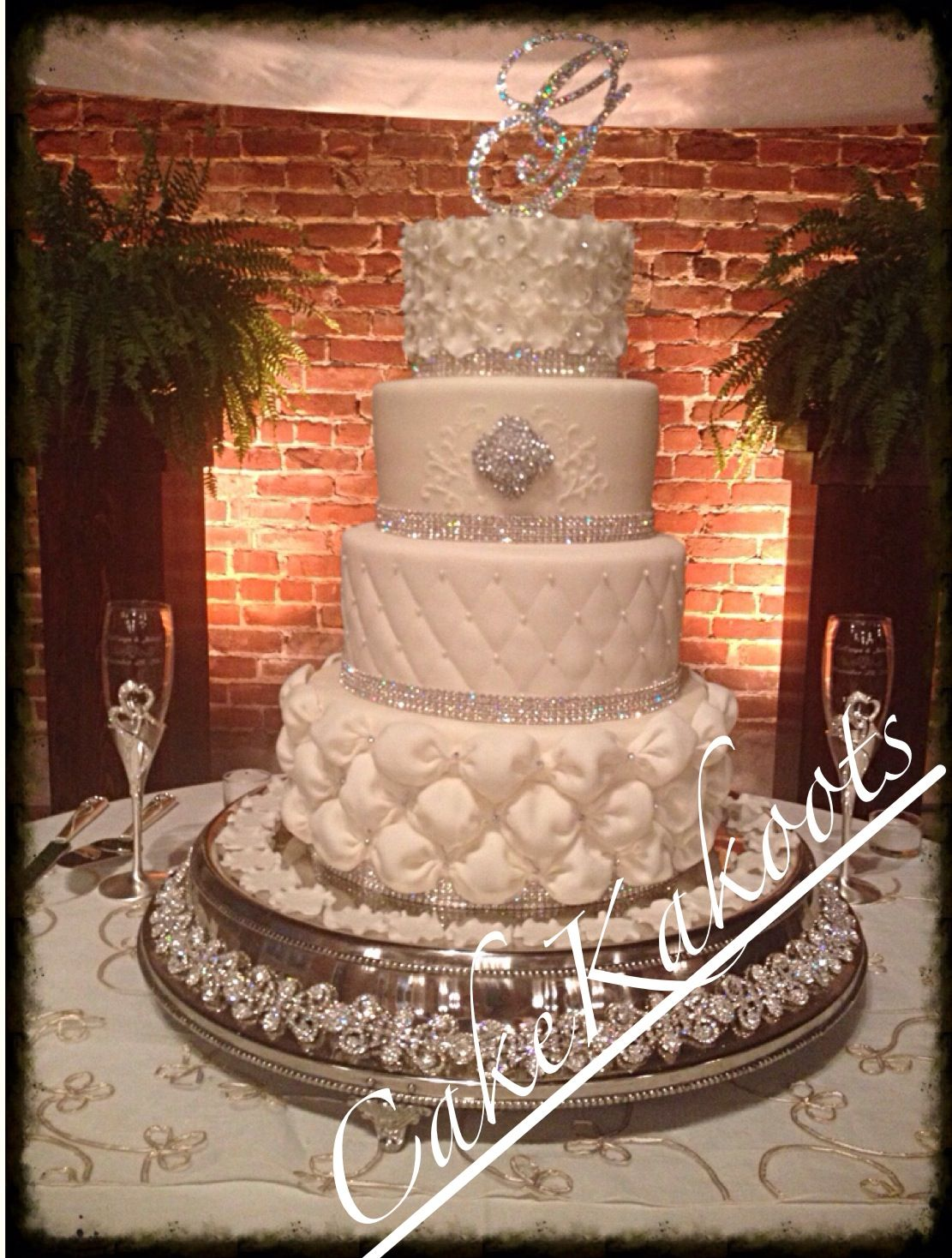Elegant wedding cake with one of a kind swaroski crystal cake stand