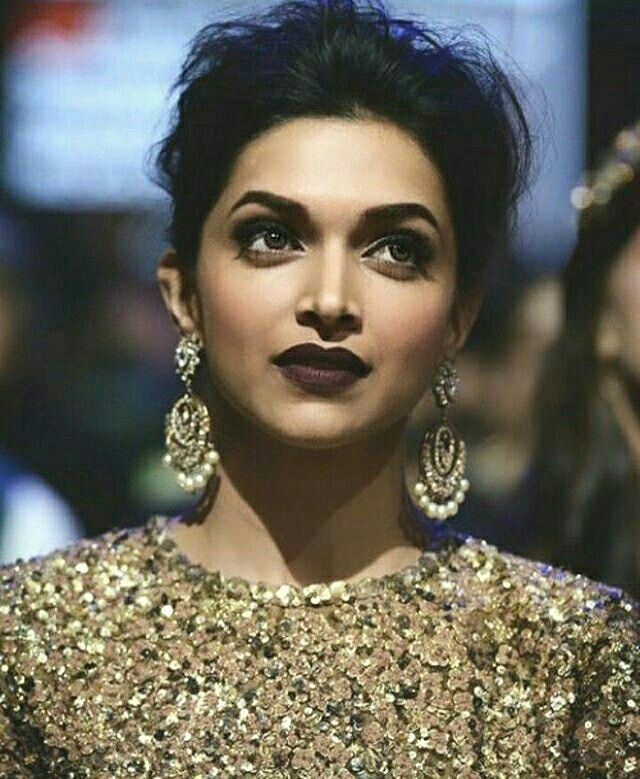 Deepika Padukone Bollywood - Make up - dark lip stick ...