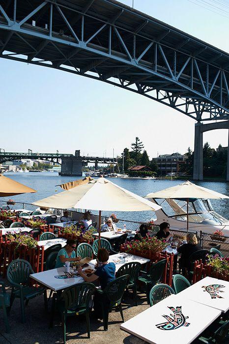 Ivar S Salmon House Seattle Seafood Dining Market Restaurant