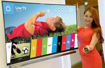 Curved and low-cost with LG reveals new 4K TV | Cyber Monday Smart TV Deals 2014