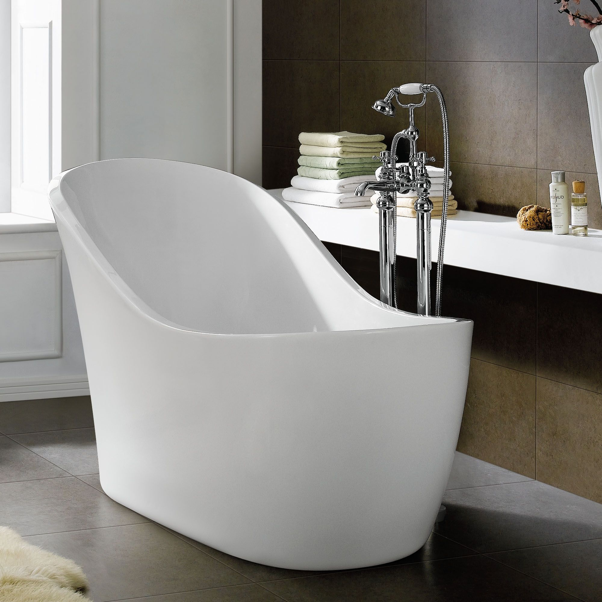 Cozy Shape Of Free Standing Bath Tubs In White For Gorgeous Bathroom ...