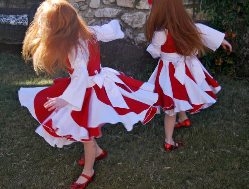 Breane Arnold Trest made these fabulous twirly Christmas dresses ...