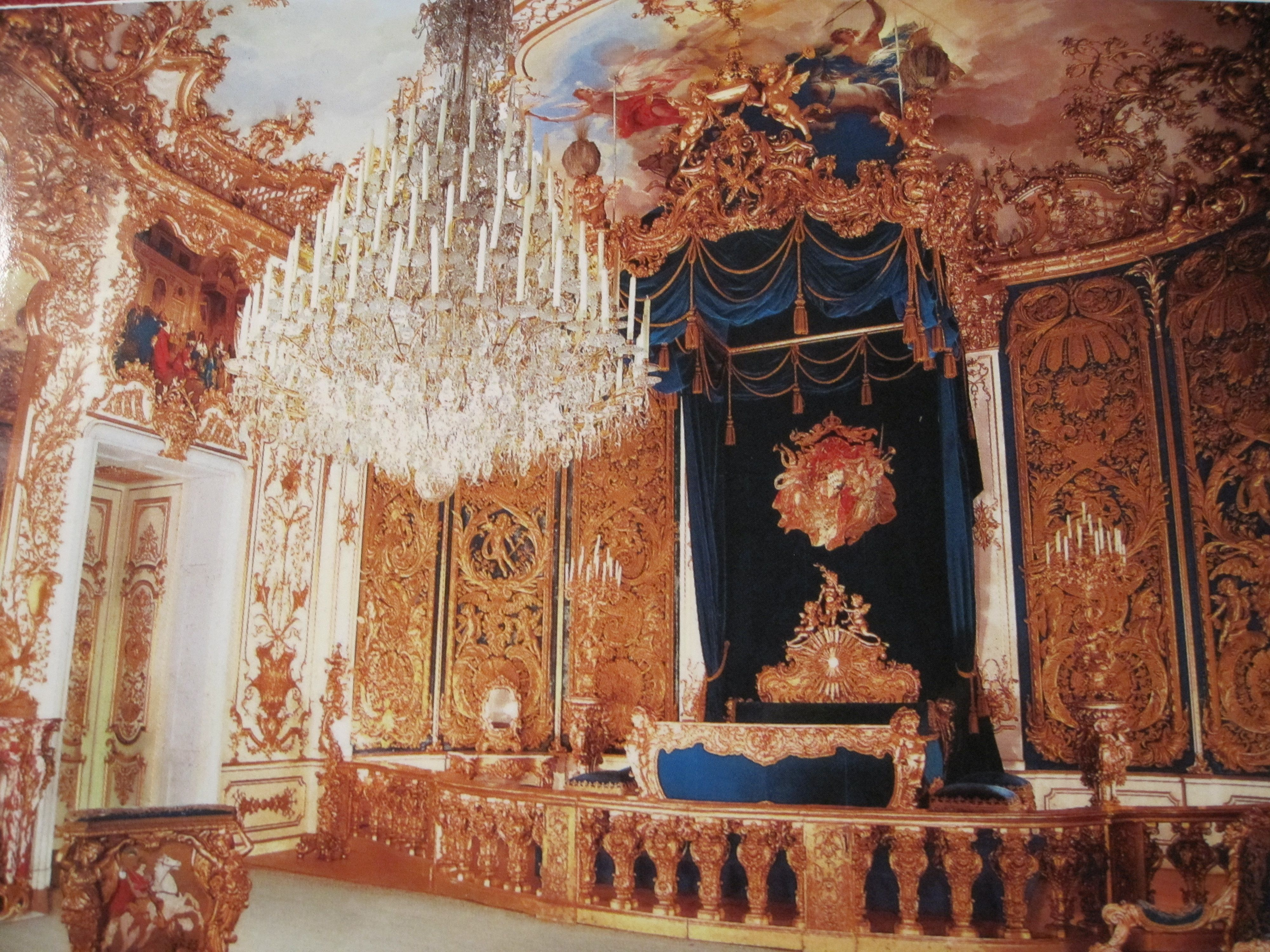 King Ludwig S Bedroom At Linderhof Germany Linderhof Palace Interior Pictures Beautiful Interiors