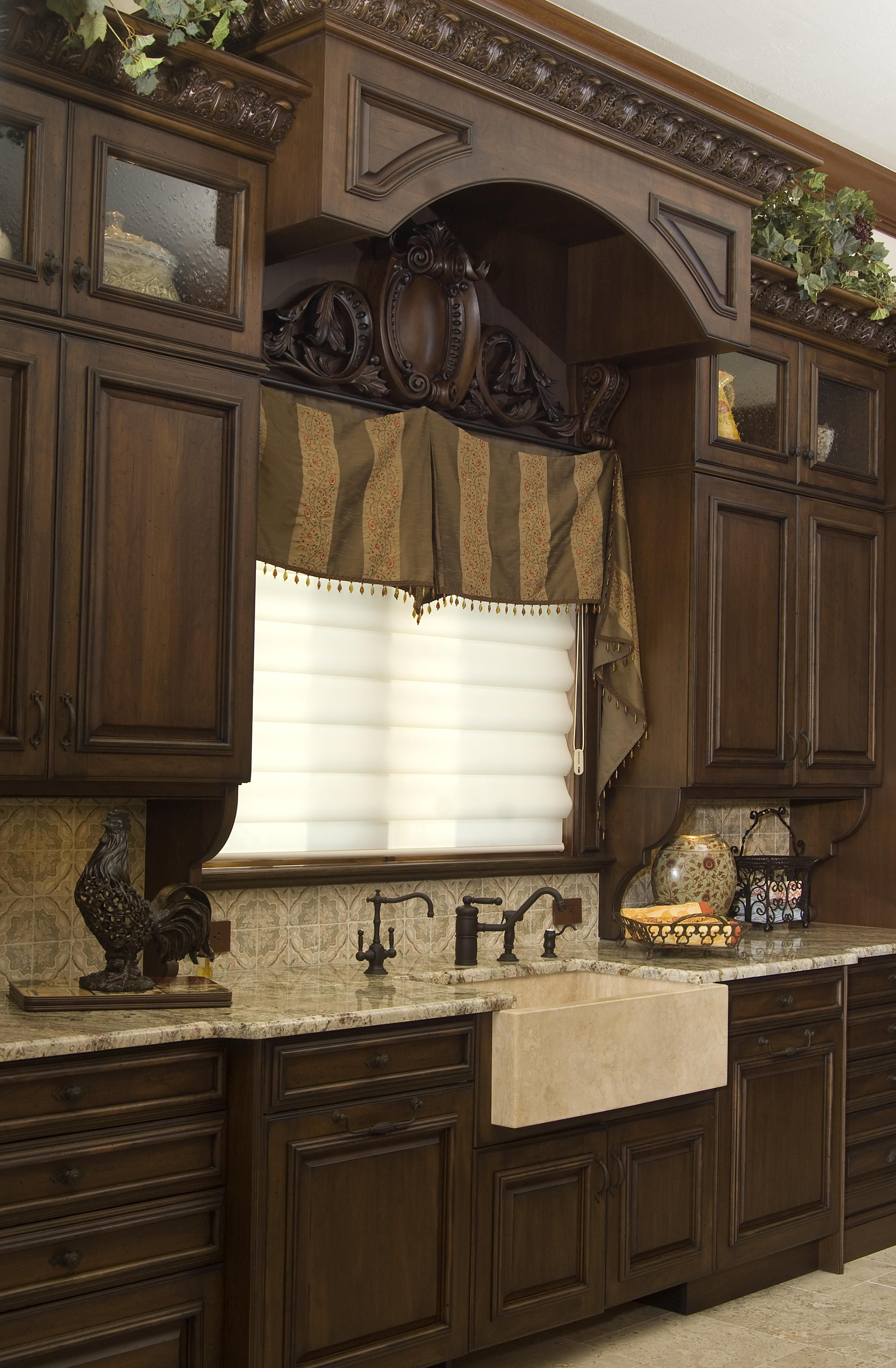 Mediterranean Kitchen Created With Wood Mode Cabinetry Tuscan Kitchen Tuscan House Old World Kitchens